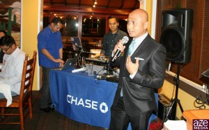 Host Neil Estrada of Chase Mortgage welcomes the group